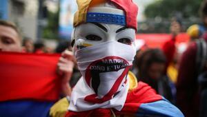 Juan Guaido sokak gösterilerinde ısrarcı