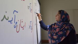Van esnafı, İranlı turistler için Farsça öğreniyor