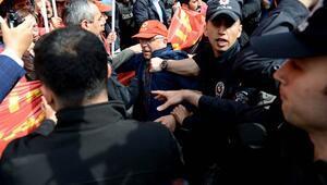 İstanbulda 127 kişi gözaltına alındı