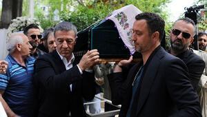 Ahmet Ağaoğlunun acı günü