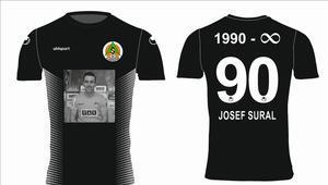 Alanyasporda Josef Sural için özel tişört hazırlandı