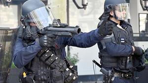 350 gazeteci polisin tehdit ve şiddetini kınadı