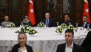 Kalp masajı ve suni teneffüsle köpeği hayata döndürmüştü... Cumhurbaşkanı Erdoğanın davetlisi olarak Külliyede ağırlandı