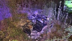 Bahçe duvarına çarpan otomobilin sürücüsü öldü