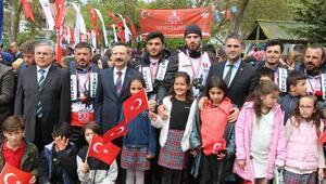 Samsun'a kürek çeken gençler Kandıra'ya ulaştı