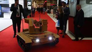 İnsansız kara aracı Fedai görev bekliyor