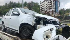Rizede, MHPlilerin olduğu otomobil kaza yaptı: 3 yaralı