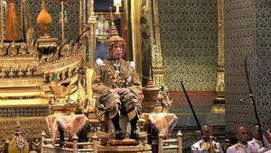 Tayland Kralı Vajiralongkorn taç giydi