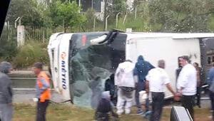 Son dakika... Milas'ta yolcu otobüsü devrildi, ölü ve yaralılar var