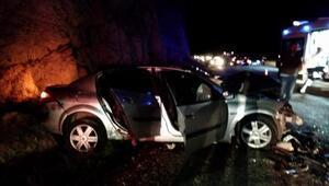 Bigadiçte otomobiller çarpıştı: 1 ölü, 5 yaralı