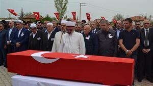 Şehit sözleşmeli er Ethem Barış son yolculuğuna uğurlandı