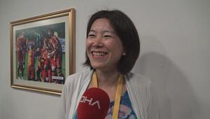 Japon gazeteci, derbi öncesi İstiklal Marşını okudu