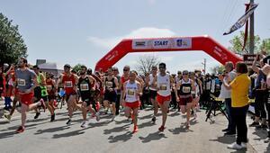 Gordion Yarı Maratonu nefes kesti