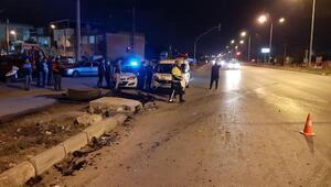 Turistleri taşıyan minibüs kaza yaptı: 7 yaralı