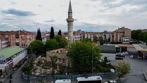 Fatihte defineciler 500 yıllık camide kazılmadık yer bırakmadı