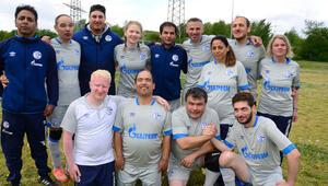 'Karanlıklar dünyasında' bir başkadır futbol aşkı