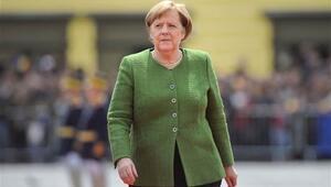 Angela Merkel birlik çağrısında bulundu