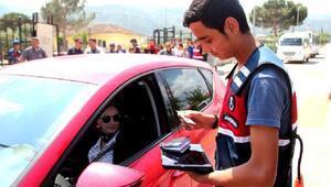 Alaşehirde, öğrencilere jandarmadan trafik eğitimi
