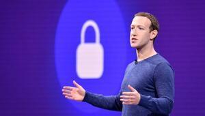 Facebookun kurucusu Hughesdan Zuckerberge ağır eleştiri