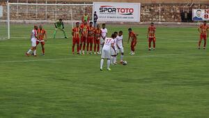 Nevşehir Belediyespor - Tire 1922: 0-0