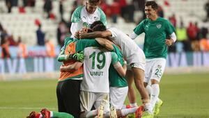Bursasporun ligde kalma savaşı Kritik 3 puan...