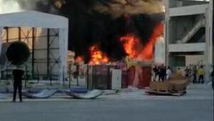 Fabrikanın geri dönüşüm kısmında çıkan yangın korkuttu