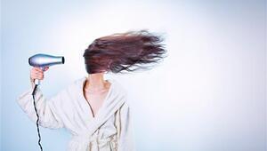 Hepimiz aynı hatayı yapıyoruz Saç kuruturken…