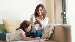 Dijital neslin mimarı mobil oyuncu anneler