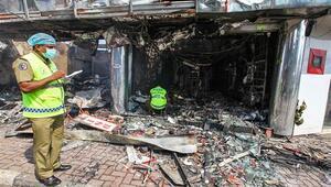 Sri Lankada Müslümanlara ait bir fabrika yakıldı