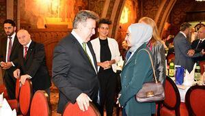 Avusturya ve Fransada iftar programı