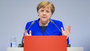 Angela Merkel: Türkiye ile ortak çıkarlar var