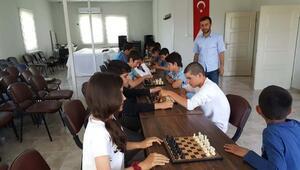 Samsatta satranç turnuvası