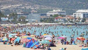 Vali Karaloğlu: İlk dört ayda yüzde 48 İngiliz turist artışı oldu