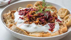 Yoğurduyla, sosuyla iftar sofralarınızı şenlendirecek çeşit çeşit mantı tarifleri