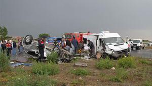 Feci kaza... Anne ile kızı yaşamını yitirdi