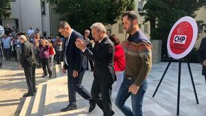 Karşıyakadaki 19 Mayıs kutlamasında, ilçe başkanları arasında tartışma