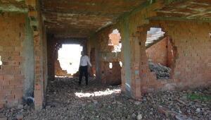 Midyatta metruk yapılara yıkım kararı