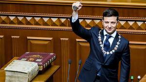 Ukraynanın yeni Cumhurbaşkanı Zelenskiy erken seçim ilan etti