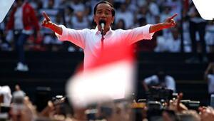 Endonezyada Widodo yeniden başkanı seçildi