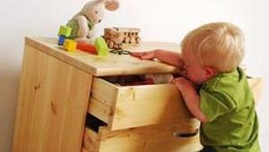 Sağlık Bakanlığı dersi: Ailelere evde çocuk güvenliği