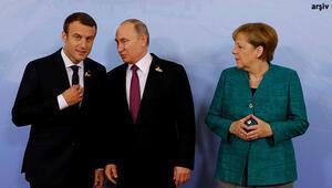 Putin, Merkel ve Macron ile Suriyeyi görüştü