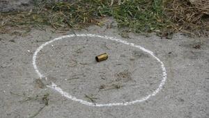 Gaziosmanpaşada benzin istasyonunda silahlı kavga: 2 yaralı