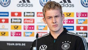 Borussia Dortmund, Julian Brandtı renklerine bağladı