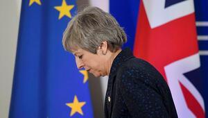Son dakika... İngiltere Başbakanı Theresa May istifa edecek iddiası