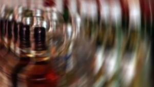 İranda sahte içkiden 6 kişi öldü