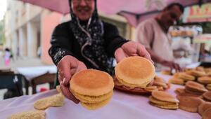 Gazzenin meşhur ramazan tatlısı kadayıfın ilk kadın ustası
