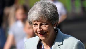 İngiltere Başbakanı Theresa Mayin istifa tarihini bugün açıklaması bekleniyor