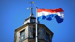 Hollandanın AP seçimlerinde resmi olmayan sonuçlar açıklandı