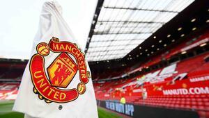 Manchester United kadın ve erkek futbol takımı maç yapacak