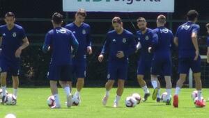 Fenerbahçede Soldado antremana çıktı
